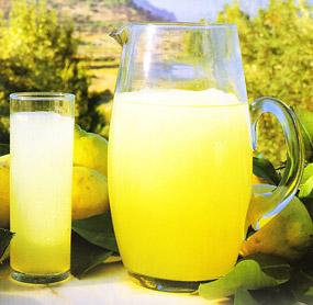 Ventajas de consumir el jugo de limón